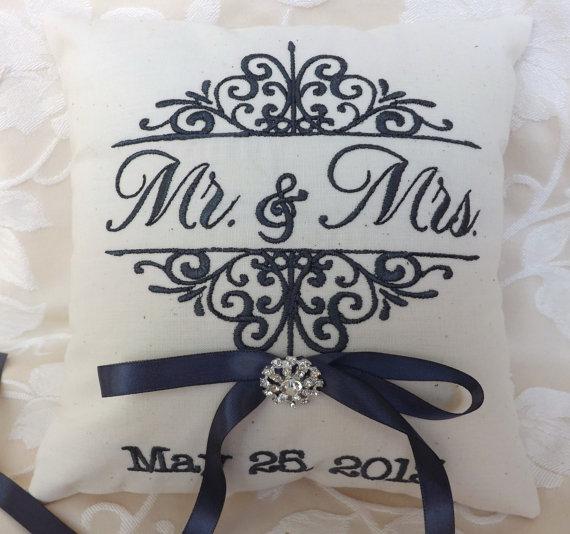 زفاف - Ring bearer pillow, Mr. and Mrs., ring bearer pillows, ring pillow, embroidery, monogram, custom, personalized, wedding pillow (RB102)