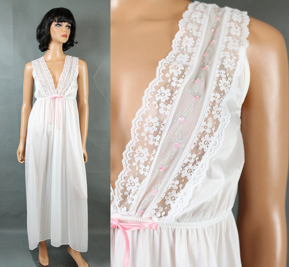 Свадьба - Long Vintage Nightgown S Sleeveless White Pink Embroidery Chiffon Plunge Neck Free US Shipping