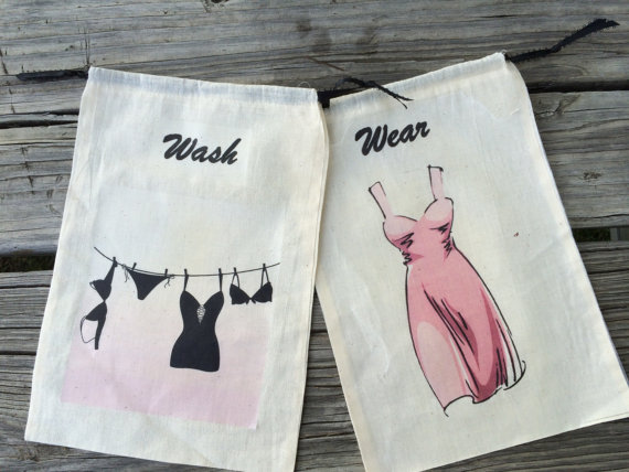 Свадьба - Travel Lingerie bag, laundry bags, Muslin travel lingerie bags, wash and wear laundry bags, Bridesmaid gifts,