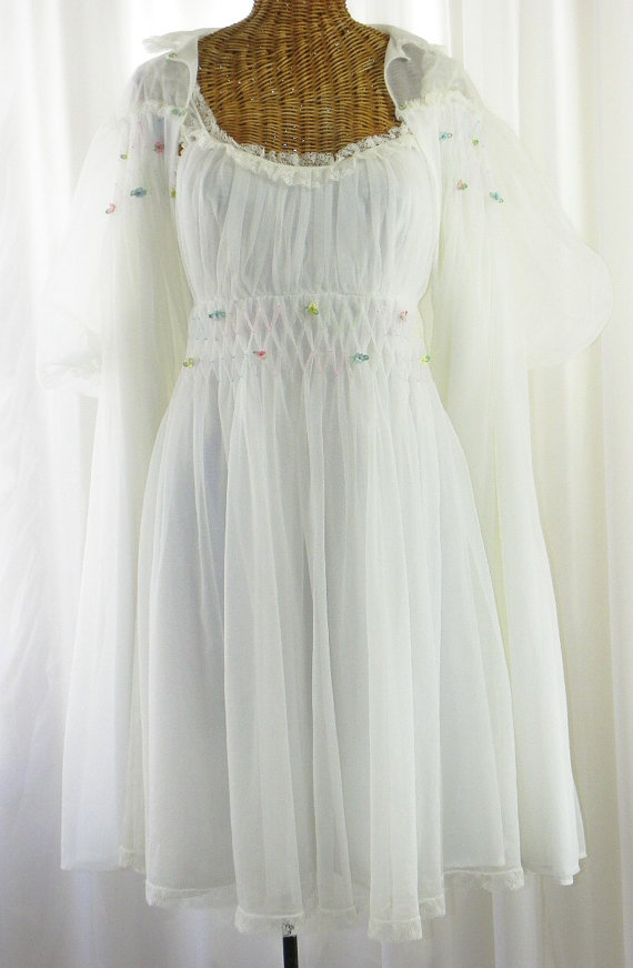Mariage - Gotham Bridal White Innocence Double Chiffon Bridal Peignoir Set 1950s Frilly Frill Lace Fairy Princess Size 34 by Voila Vintage Lingerie