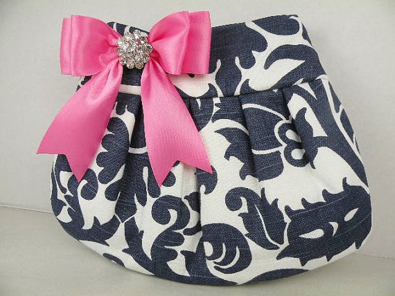 زفاف - Pleated Clutch  Evening Bag  Purse  Wedding  Bridesmaid  AMSTERDAM  Navy and White with Hot Pink Satin Bow and Crystal