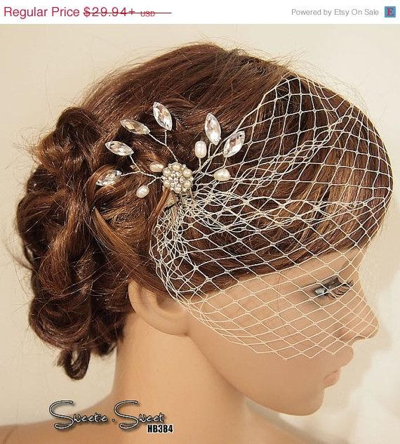 Mariage - SALE Bridal Veil, Wedding Veil, Bridal Comb, Face Veil, Birdcage Veil, mini veil, Blusher veil, Vintage Flower Fascinator, Head piec