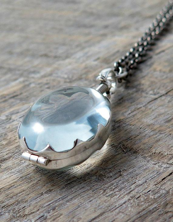 Mariage - Sterling Silver Glass Locket Oval Pendant Mother's Day Necklace Wedding Jewelry Photo Locket Memory Locket