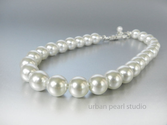 Свадьба - White Pearl Dog Collar, Pearl Collar for Dogs, 12mm Pearl Necklace for Dogs, Dog Pet Weddings,
