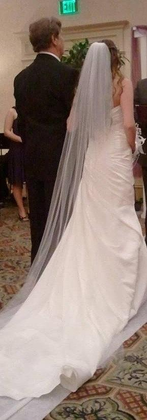 Mariage - Straight cathedral length Wedding Bridal Veil 108 inches white, ivory or diamond