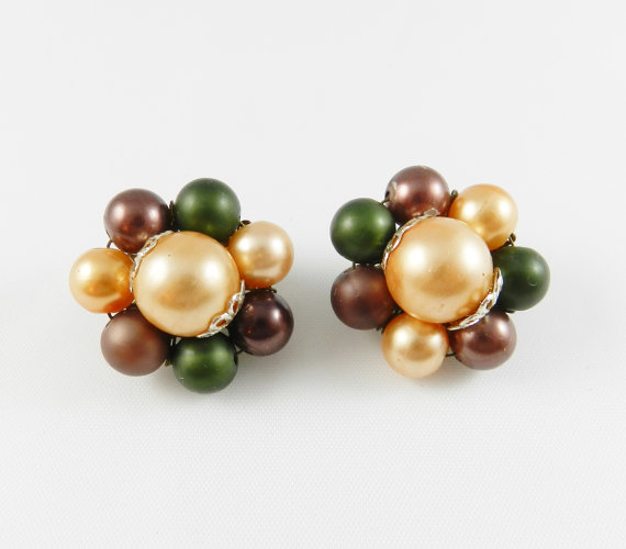 Mariage - Beautiful Vintage Cluster Bead Earrings Forrest Green Sand Bronze Brown Beaded Resale Bridal Bouquet