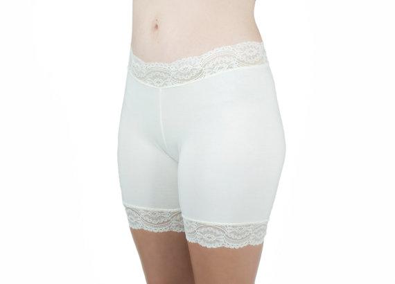Свадьба - Soft Cotton Biker Shorts Ivory Lace Underwear
