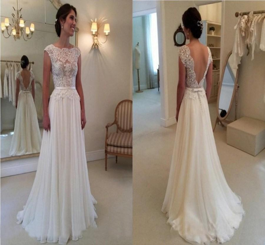 2015 Elegant A Line Wedding Dress With Backless Bateau Chapel Train Lace Vintage Wedding Gowns
