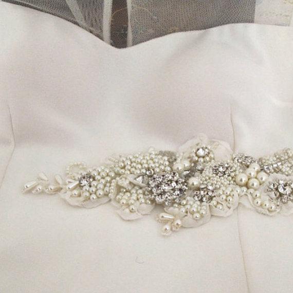 Nozze - Ivory Pearl Crystal Beaded Sash Bridal Wedding Belt 3D Applique