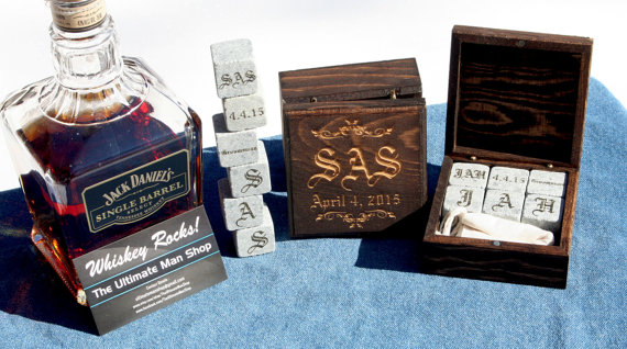 Свадьба - Set of 2 Bespoke Groomsmen Gift sets, 6 engraved whiskey stones in a Personalized Wood Box, Great present for the Best Man, made in the USA