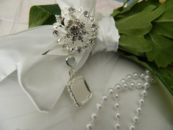 """Mariage - Wedding Bouquet photo charm -""""something Blue""""  Brooch bouquet charm - Gift Boxed"""