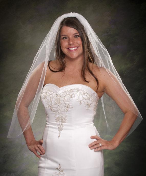 Hochzeit - 1 Tier Finger Tip Veil 1 Layer Bridal Veil Fingertip Veil Elbow 36 Inch Long Veil White Bridal Veil Ivory Veils Wedding Veil