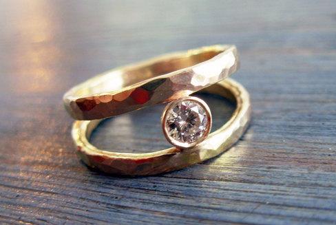 زفاف - Kelly. Amazing Double Hammered Clear Diamond Engagement Ring. Fine Jewelry. 14K Solitaire Ring. Gold Engagement Diamond Ring. Handmade.