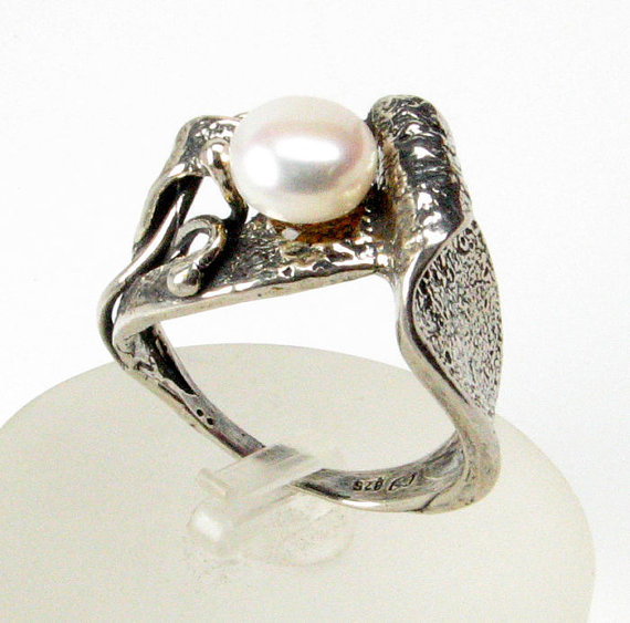 Mariage - Freshwater White Pearl Engagement Ring, 925 Sterling Silver Promise Ring, Pearl Solitare Ring, Pearl Wedding Jewelry, Sizable