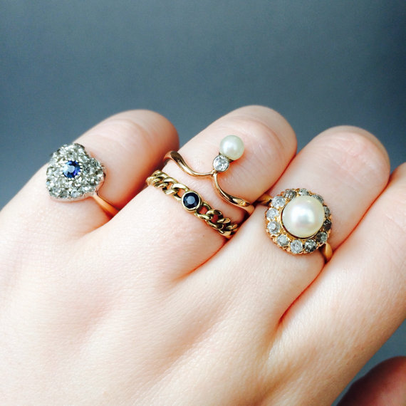 CUTE Sapphire Chain Ring Promise Ring Vintage Engagement Ring