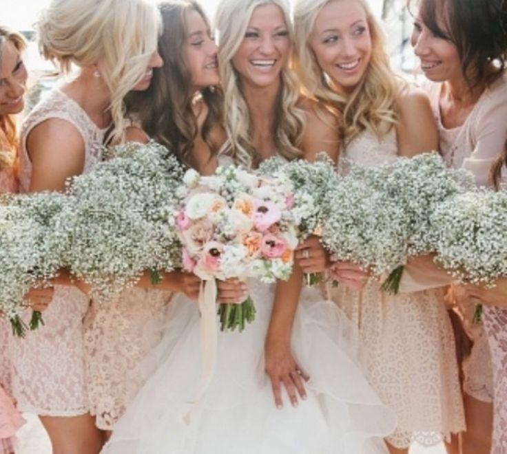 Hochzeit - A Sweet, Easy Way To Do Mix-and-Match Bridesmaid Dresses