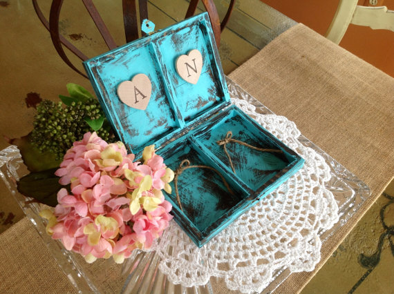 Mariage - Ring Bearer Box, Rustic Ring Bearer Pillow, Personalized