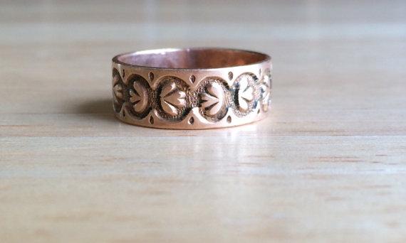 زفاف - Antique Victorian 14kt Rose Gold Eternity Ring - Size 8 1/2 Channel Pattern Antique Engagement / Wedding Stacking Jewelry