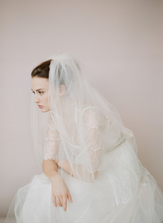 Hochzeit - Bridal train veil  - Tulle and russian elbow veil - Style 426 - Made to Order