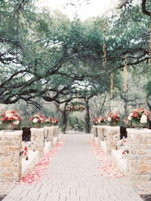 Wedding theme romantic elegant rustic wedding 2272264 weddbook romantic elegant rustic wedding junglespirit