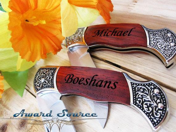 زفاف - 19 Groomsmen Gifts - Custom Engraved Rosewood Wood Handle Pocket Knife  - Groomsman Best Man Ring Bearer Gift