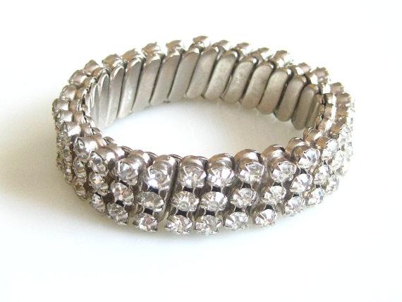 Свадьба - Vintage 1950's Old Hollywood Rhinestone Expansion Stretchy Bracelet