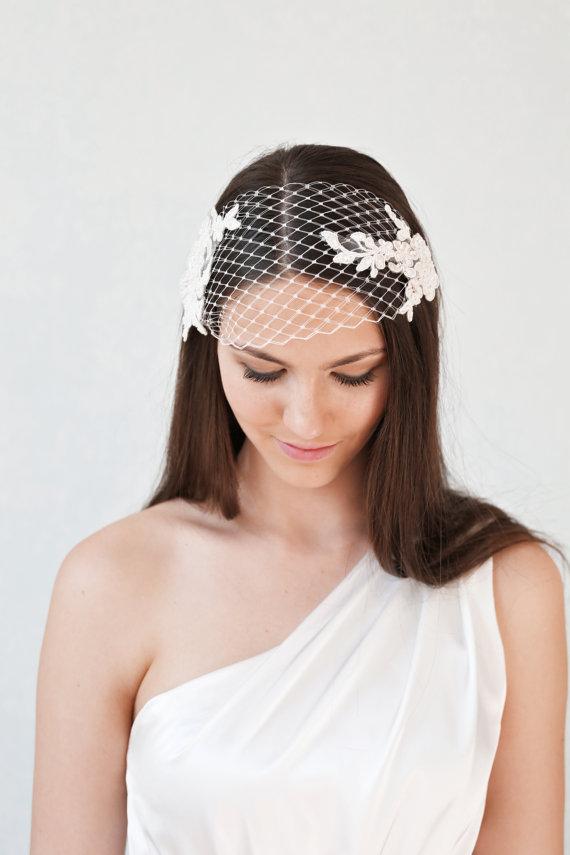 Свадьба - Bridal lace bandeau veil, wedding veil with pearl beaded lace, bridal headband