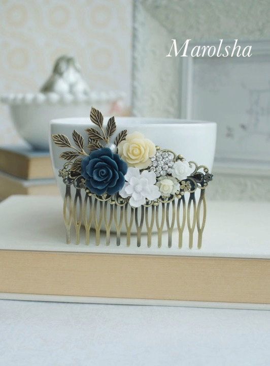 Mariage - Blue, White, Ivory Wedding Large Comb. Navy Rose, Diamente, White Brass Leaf Hair Comb. Bridesmaid Gift. Blue Rustic Wedding. Something Blue