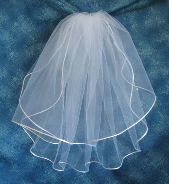 Свадьба - Snow White First Communion Veil Two Tier Communion Veil on Clip Barrette with White Organza Flowers  Satin Cord Edge First Eucharist  01166