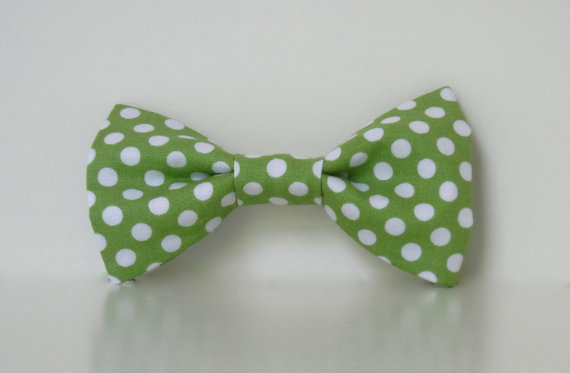 Mariage - Green Polka Dot Dog Bow Tie Wedding Accessories Easter Collar Made To Order