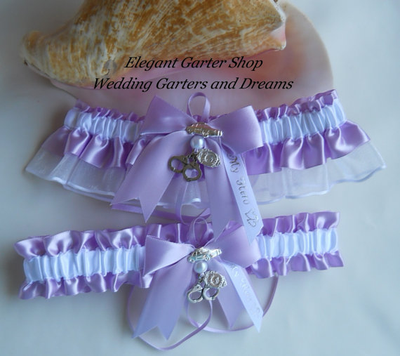 Mariage - Police Officer or Sheriff Wedding Garter Set Handcuff Charms Handmade Orchid Garters
