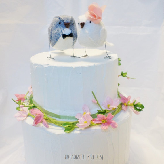 Mariage - Wedding cake topper birds  - Grey and white with peach statement flower