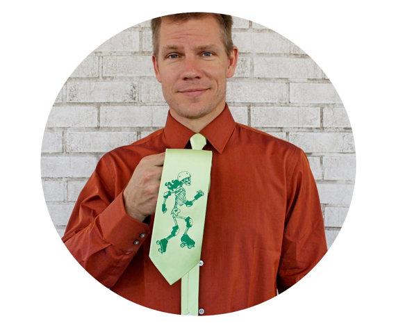 Свадьба - Roller Derby Tie, Men's 58 Inch Necktie in Pear Green, Manager, Cool Tie, Gifts for Men, Wedding, Skeleton Skater, Groom, Groomsmen, Clothes