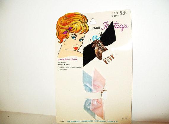 Mariage - Vintage Comb Hair Clip Gold Metal w/ 3 Velvet Hair Bow Black, Pink, Baby Blue set
