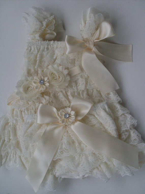 3piece Ivory Flower Girl Dresscountry Wedding Dressnewborn Take