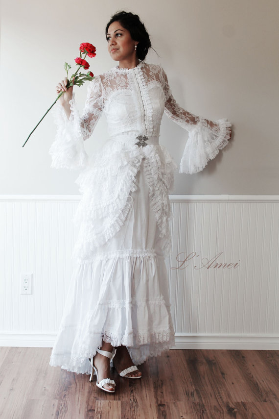 Vintage Victorian Style White Lace Wedding Bridal Dress Chic Fashion ...