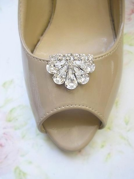 Wedding - bridal Shoe Clips, wedding Shoe Clips, Jewelry crystal shoe clips, vintage style, wedding  Shoe accessories ,sparkle Swarovski Rhinestones,