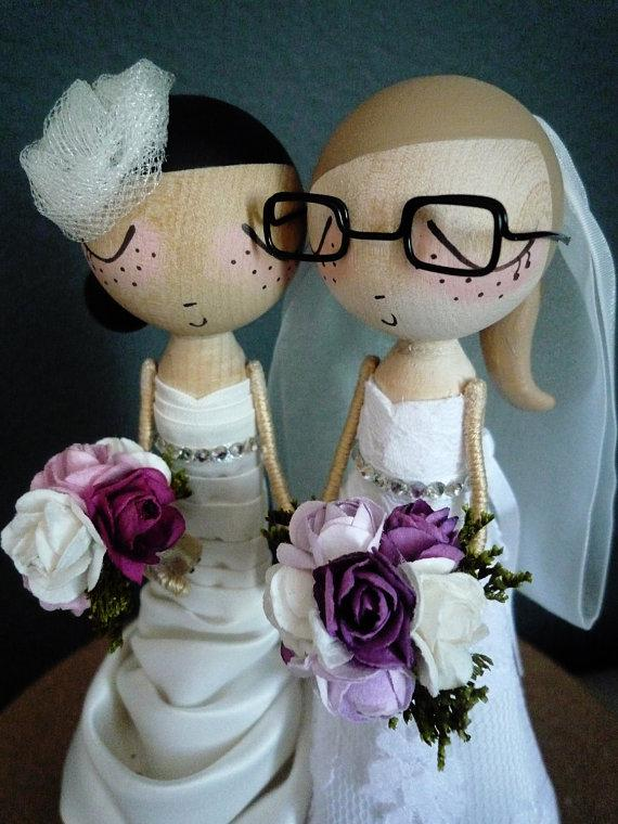 Mariage - Wedding Cake Topper with 2 Custom Wedding Dresses- Custom Keepsake - MilkTea