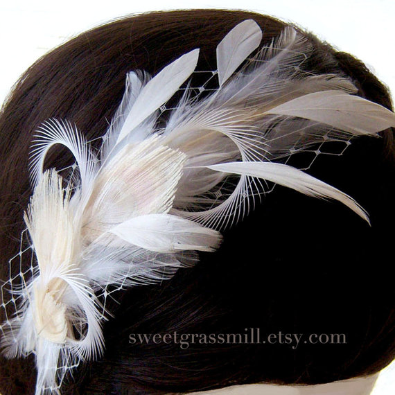Mariage - Feather Headband - LADY VANILLE -  Bleached Beige Peacock Ivory Champagne Feather Veil Headpiece