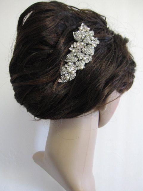 Mariage - Wedding Pearl Comb--bridal Hair Comb,bridal Hair Accessories, Wedding Bridal Hair Comb Crystal And Pearl ,wedding Hair Comb Pearl