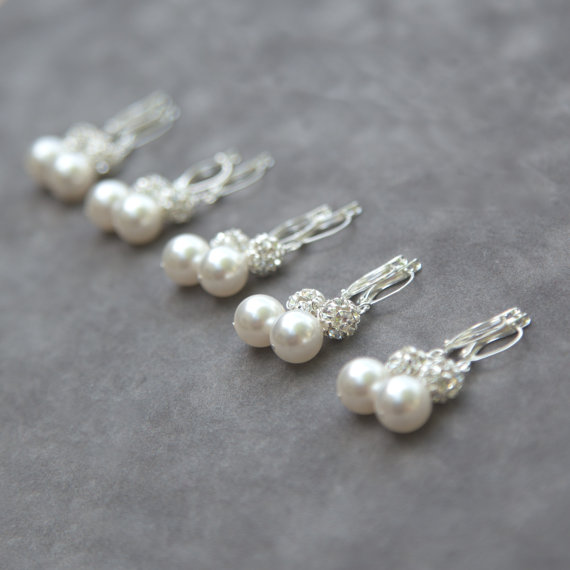 Hochzeit - Pearl Bridesmaids Earrings, Gift Set of 5, Bridal Party Jewelry, Crystal Rhinestone Drop Pearl Earrings