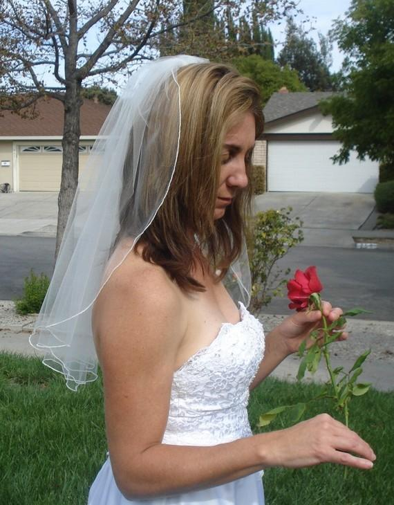 Mariage - Elbow Length One Tier Serged Pencil Edge Wedding Veil in Ivory or White - READY  TO SHIP in 3-5 Days