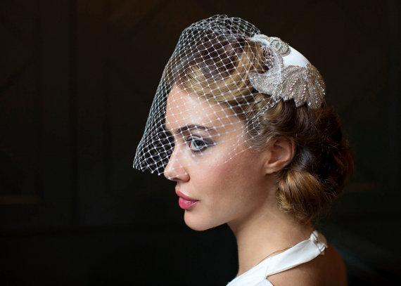 Mariage - Vintage Wedding Headpiece  and veil - Juliet cap  with Birdcage veil - 1940s Headpiece, 1930s Headpiece.
