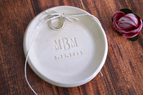 Свадьба - Personalized Round Monogrammed Ring Bearer Bowl - Gift Bagged & Ready to Give