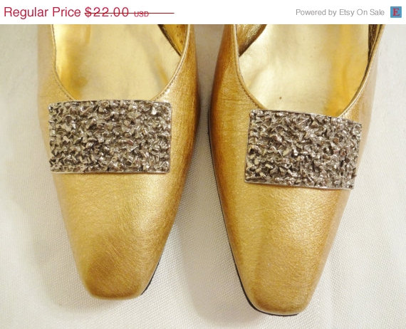 Mariage - Spring SALE 30% OFF Vintage Shoe Clips by Musi Silver Nuggets perfect for Brides Wedding Shoes