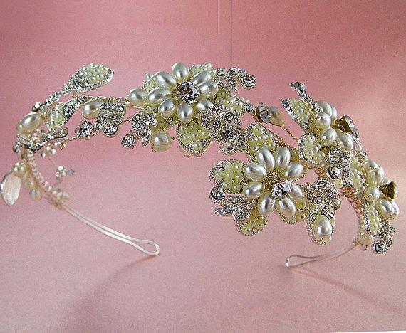 Hochzeit - Floral pearl headpiece,  Bridal crystal headband,  Art deco rhinestone  tiara, Wedding flower headband