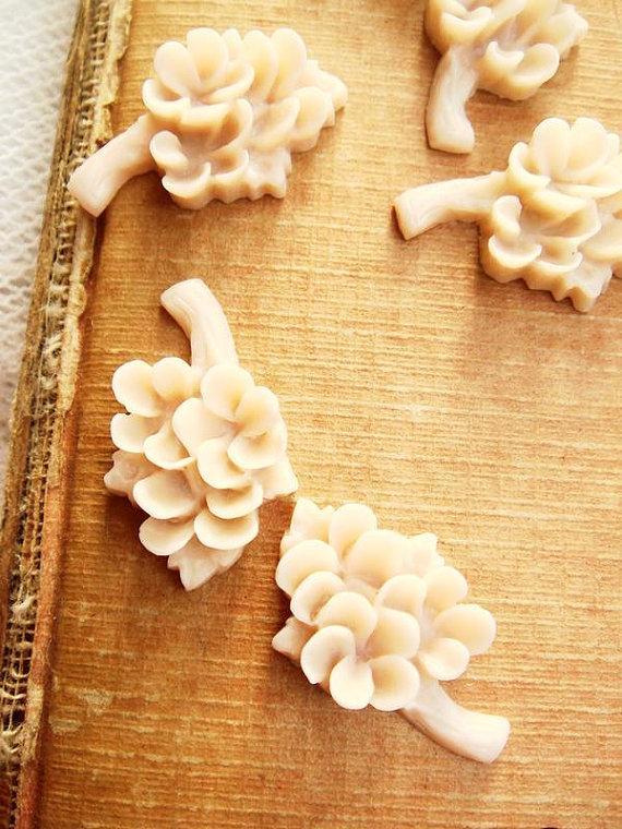 Wedding - 10Pcs Vintage Flower Bouquet Cabochon Charm Light Brown