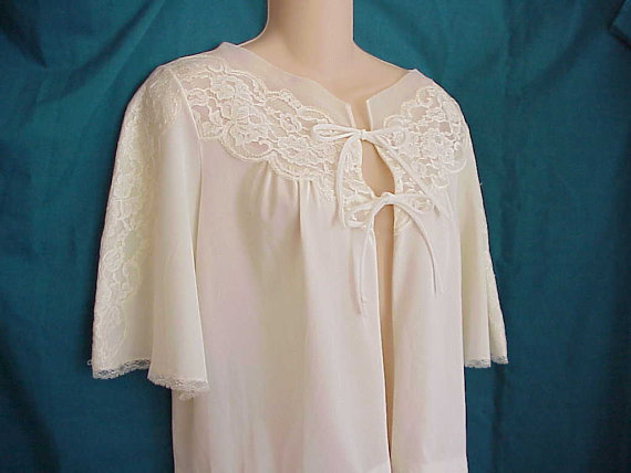 Hochzeit - Free Shipping..Vintage 1950 White Bed Jacket Lace Embellished Sleeves and Neckline