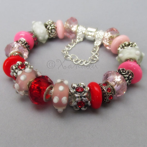 Wedding - Red And Pink Rose Bouquet European Charm Bracelet with Lampwork Glass Beads And Crystal Charms - Gift For Wife, Girlfriend, Spouse