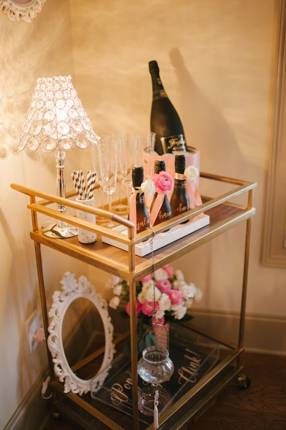 Hochzeit - Pop, Fizz, Clink! Bridal Shower Inspiration